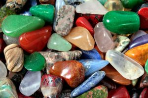 nakit kamen za zdravljenje
